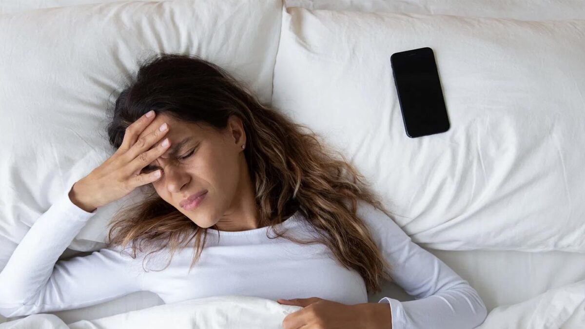 7 Reasons Why You Are Not Getting Sleep And How To Treat Them